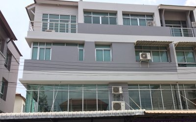 รีโนเวทอาคารพาณิชย์ 1 คูหา