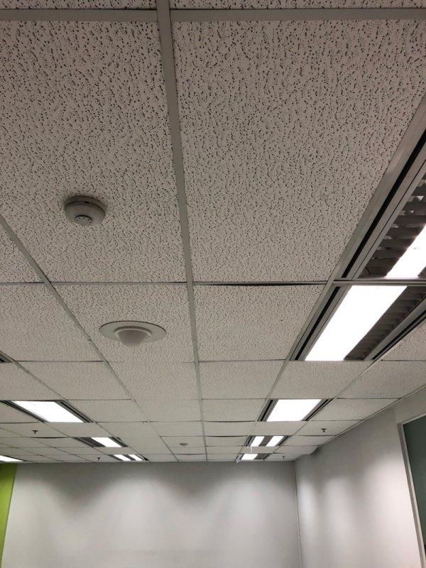 หลังทำงานฝ้าเพดาน ติดตั้งฝ้าแขวนเพดานใหม่