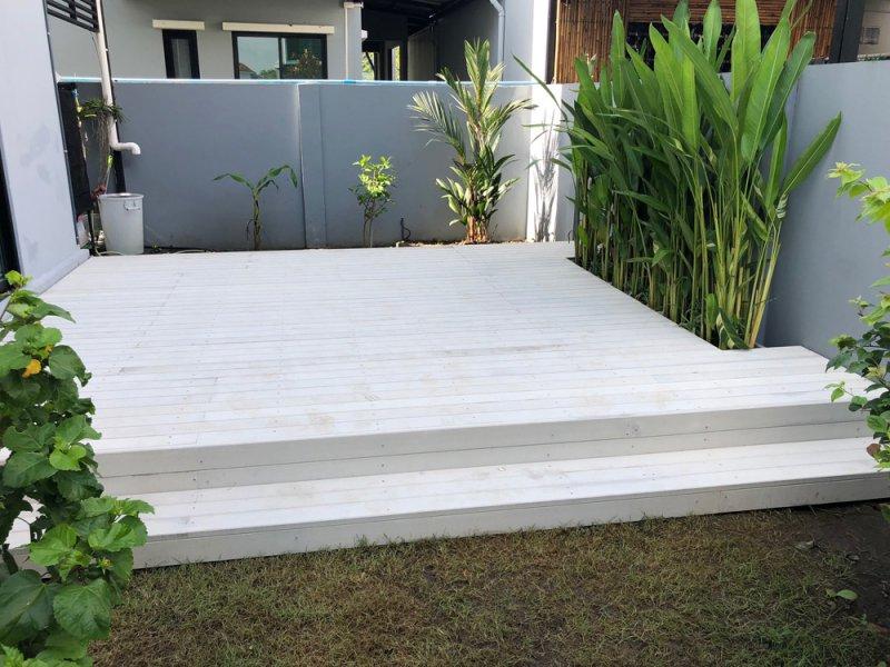 ก่อนทำงานระแนงไม้เทียม เชื่อมระแนงพื้นไม้เทียม