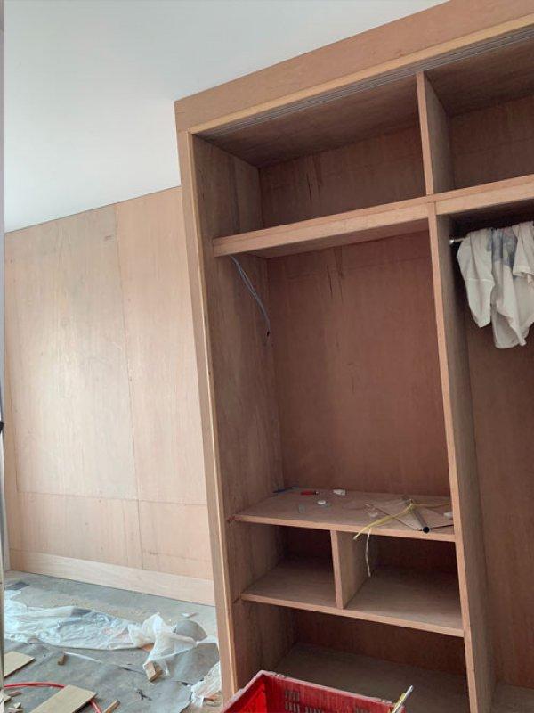 ก่อนทำงานออกแบบและตกแต่ง builtin ตู้เสื้อผ้าภายใน